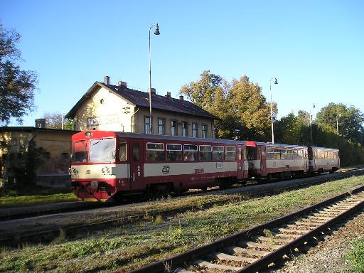 Nádraží Praha Řeporyje pohled od kolejí